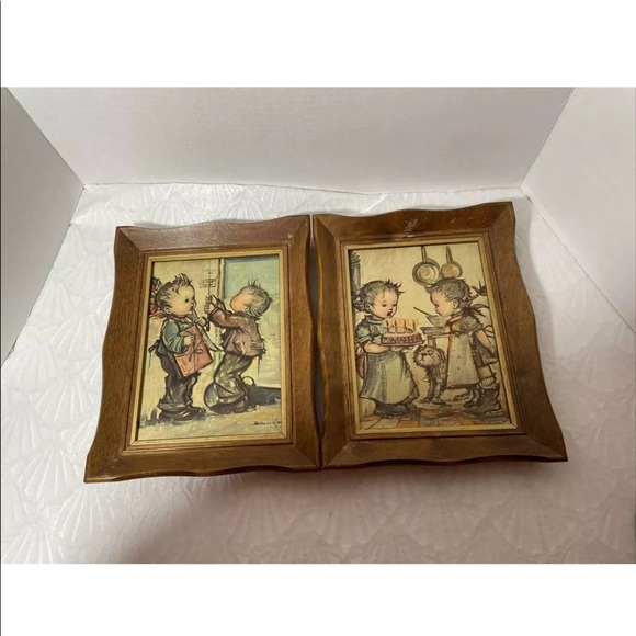 VINTAGE HUMMEL ANRI WOODEN SHADOW BOX WALL DECOR